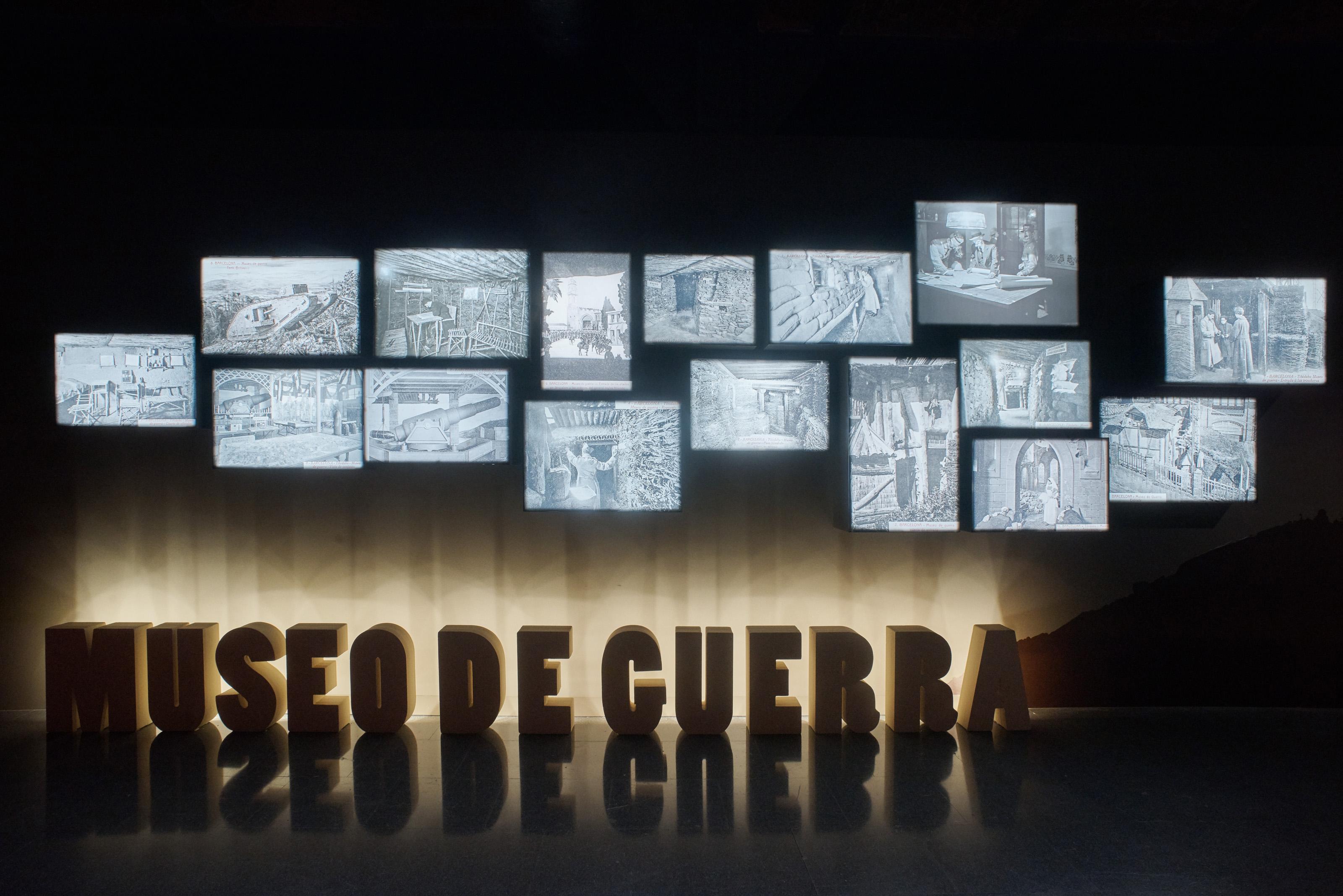 Vista del muntatge fotogràfic del «Museo de Guerra» del Tibidabo