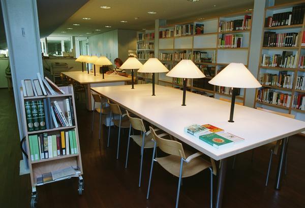 Biblioteca Josep Benet